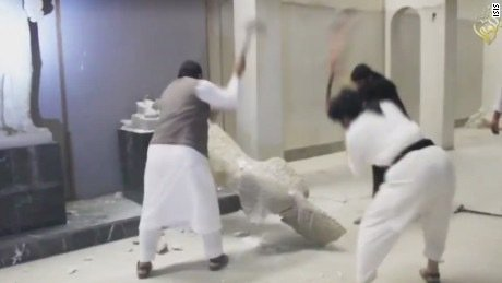 ISIS destroying museum artefacts