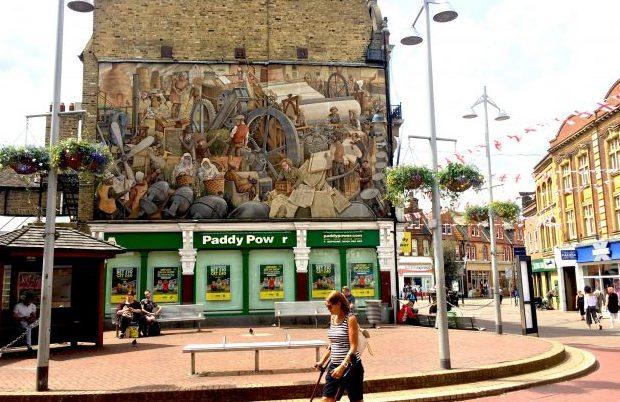 Dartford Industrial Heritage Mural by Gary Drostle